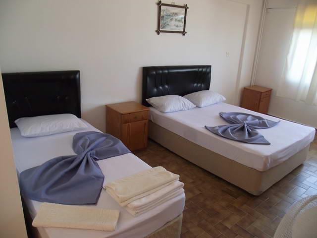Ayberk Otel 8