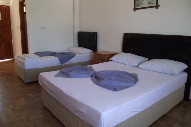 Ayberk Otel 9