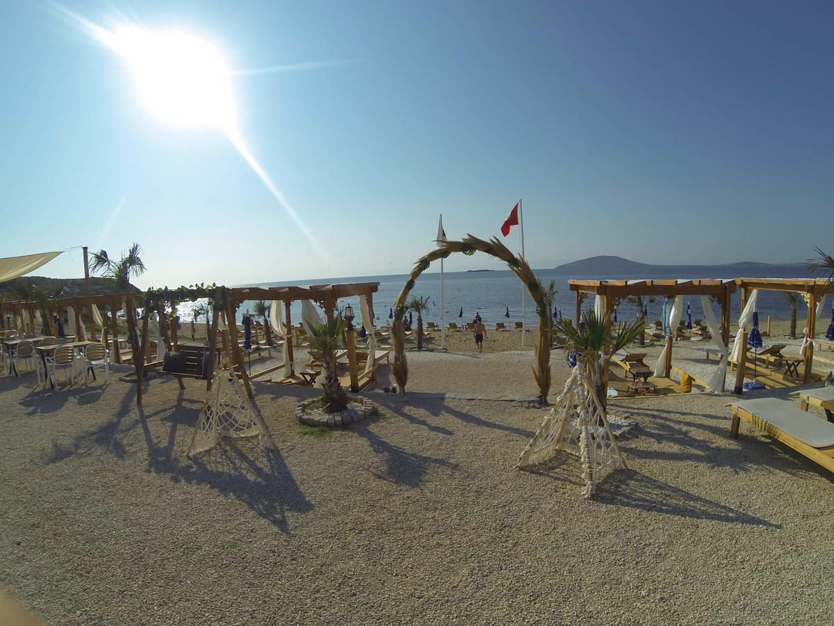 Beach of Mama 3