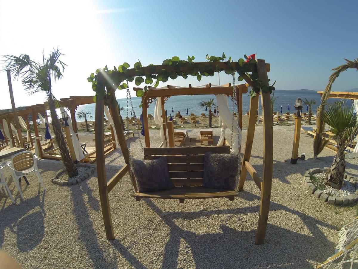 Beach of Mama 4