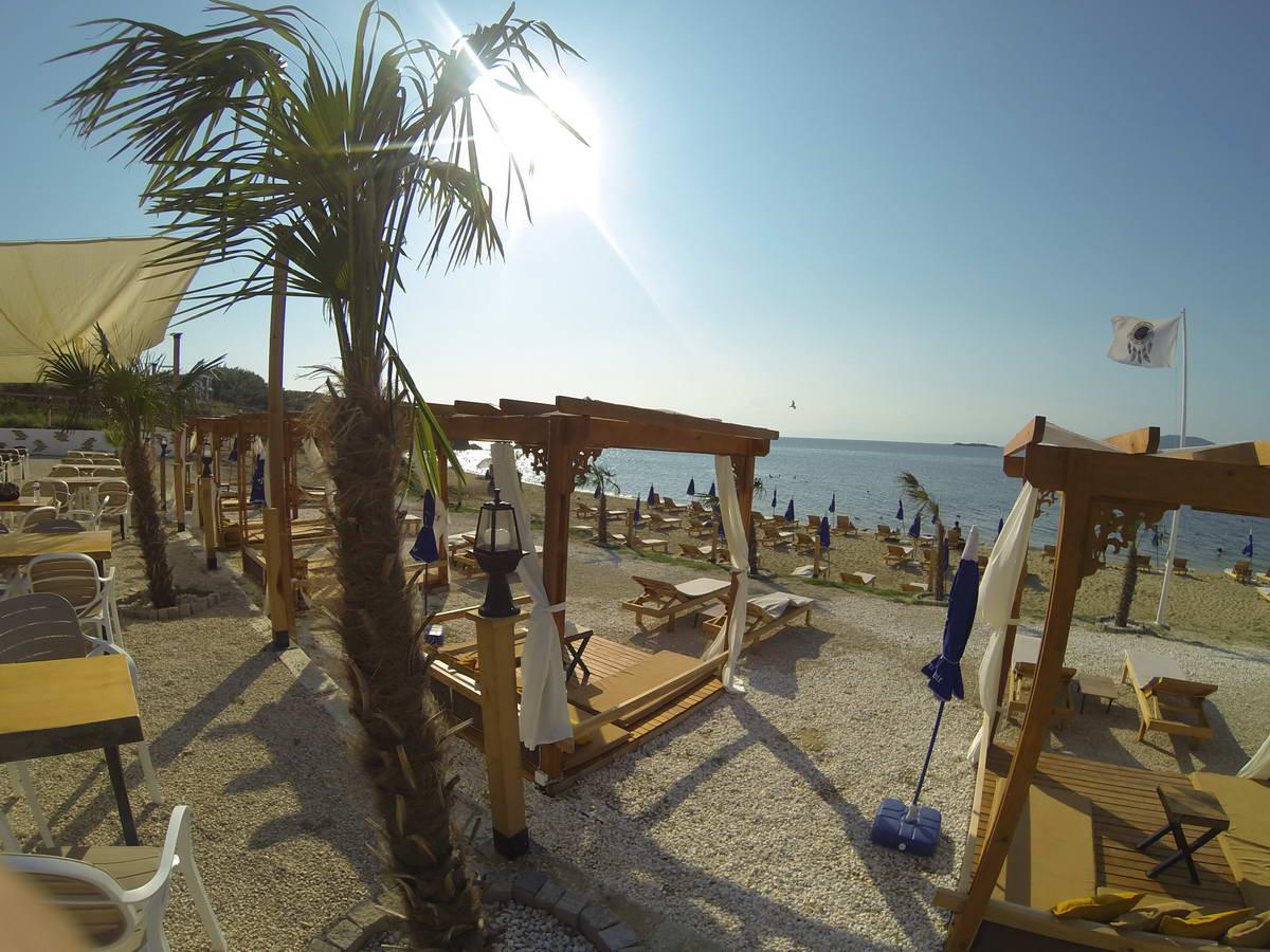 Beach of Mama 5