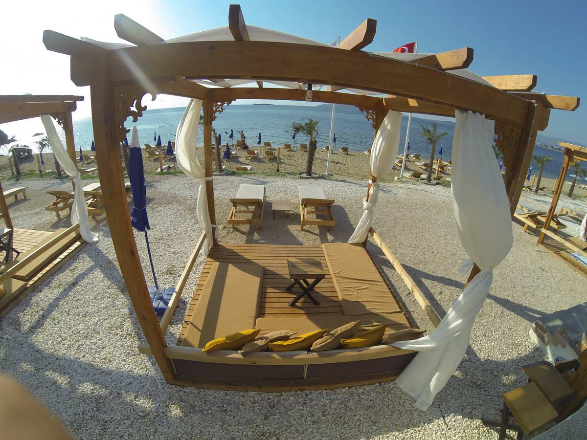 Beach of Mama 6