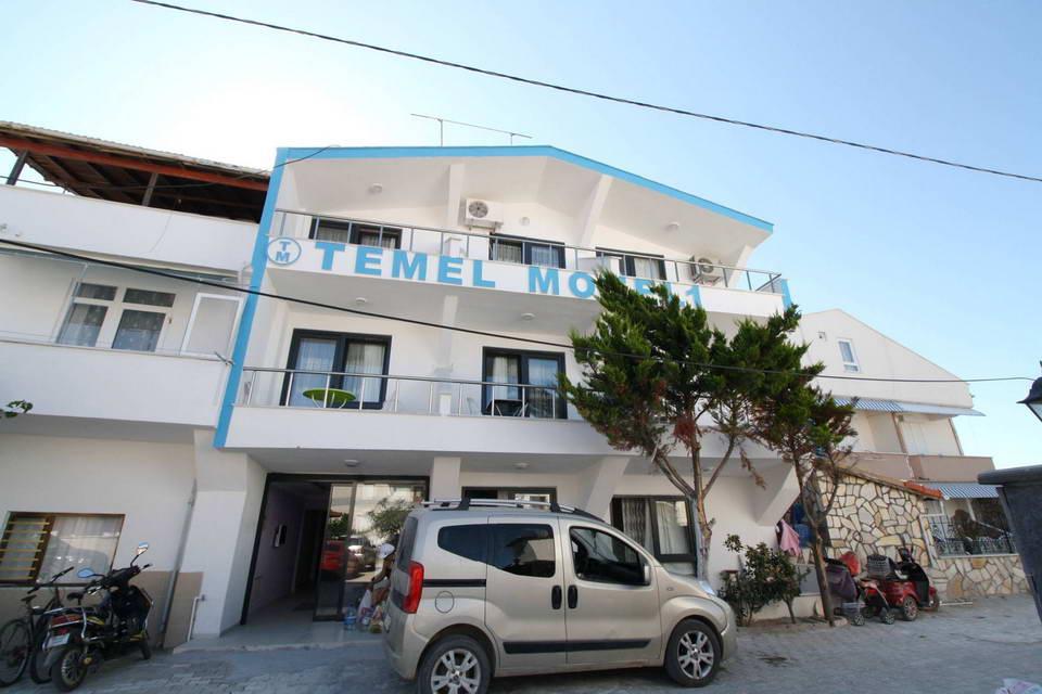 Temel Motel 10