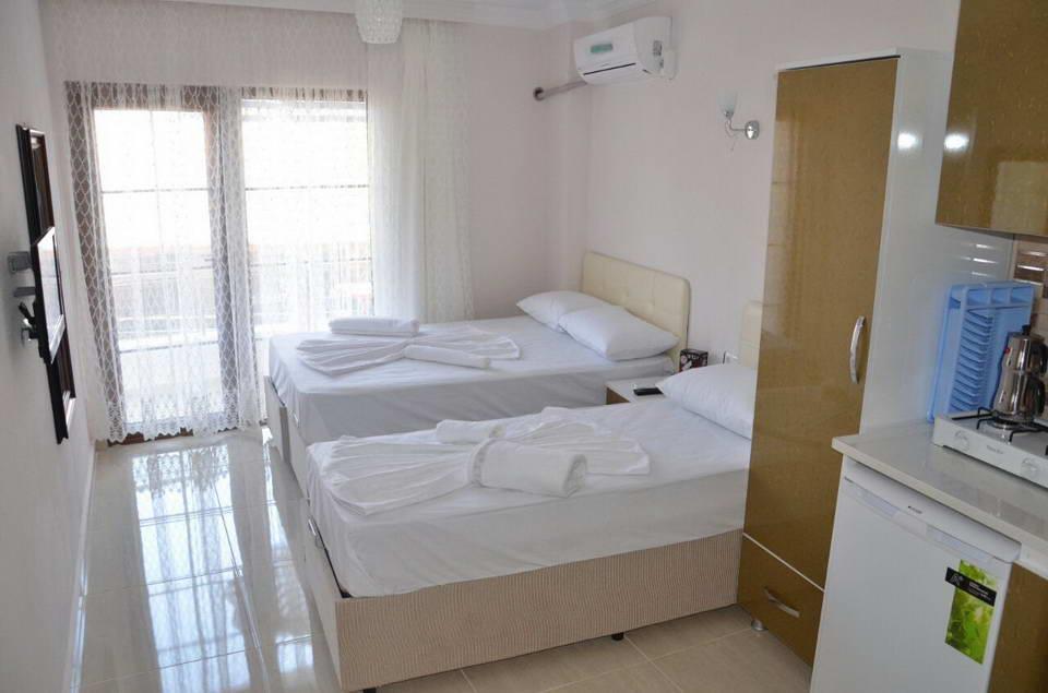Temel Motel 2 6